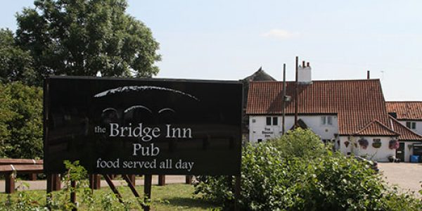 Bridge Inn pub - Acle
