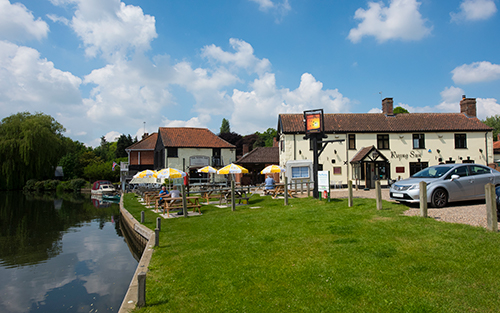 Coltishall Common with the Rising Sun pub